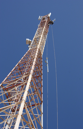Installing Anemometers on Telecommunication Towers in Sahara Desert